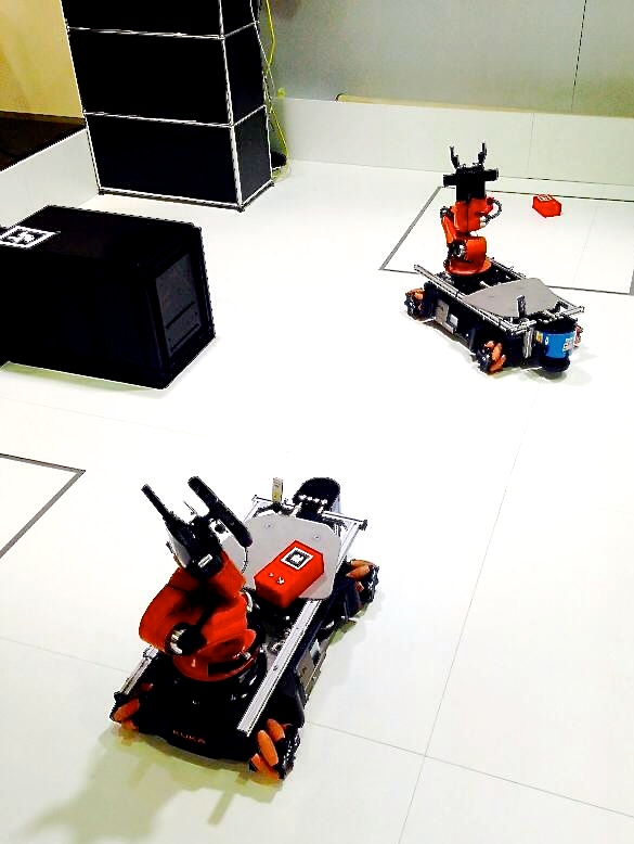 NTH Niedersächsische Technische Hochschule showing their youBots with special grippers at AUTOMATICA 2014